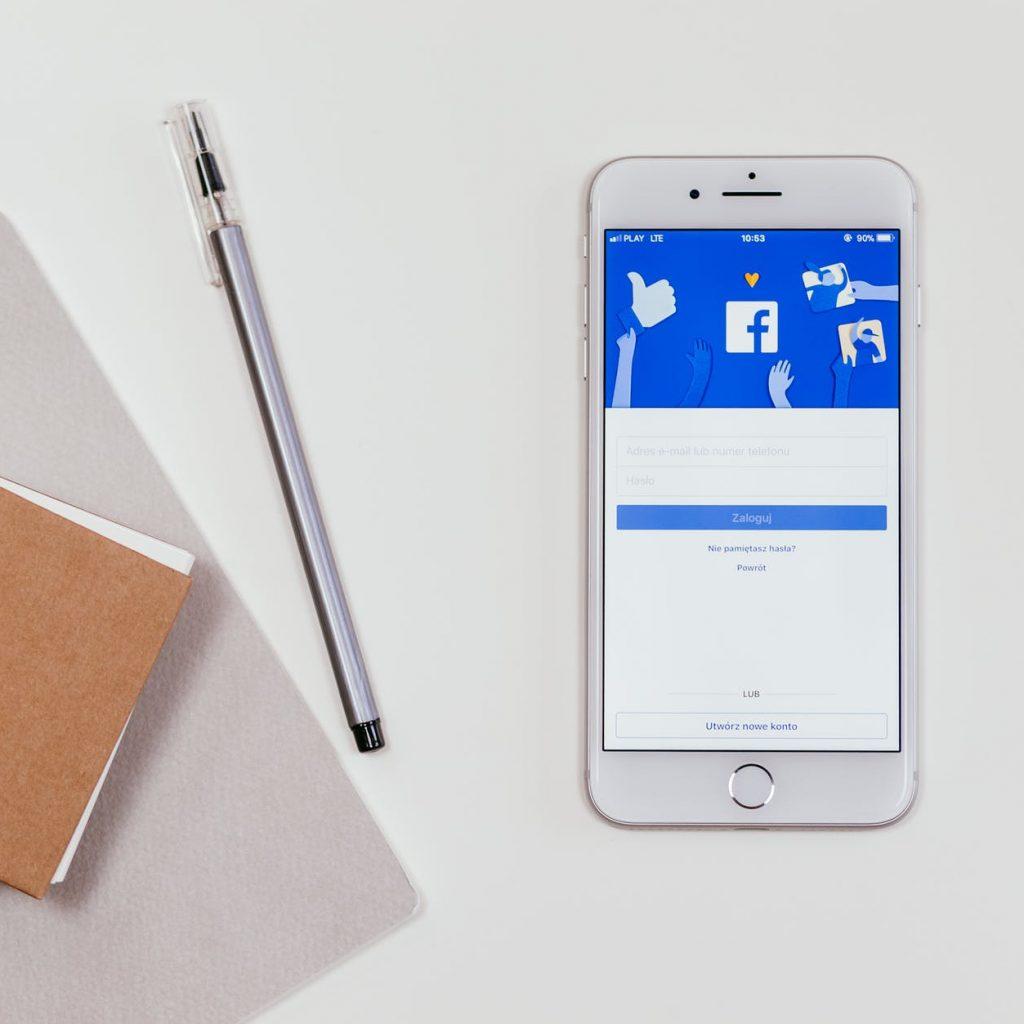 Privatsphäre Einstellungen im Sozialen Netzwerk Facebook